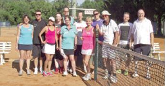 Schnupperer lassen die Tennisanlage beben